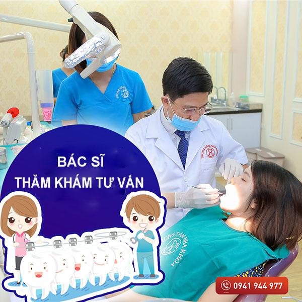 Bác sĩ thăm khám tư vấn đưa ra phác đồ điều trị -1